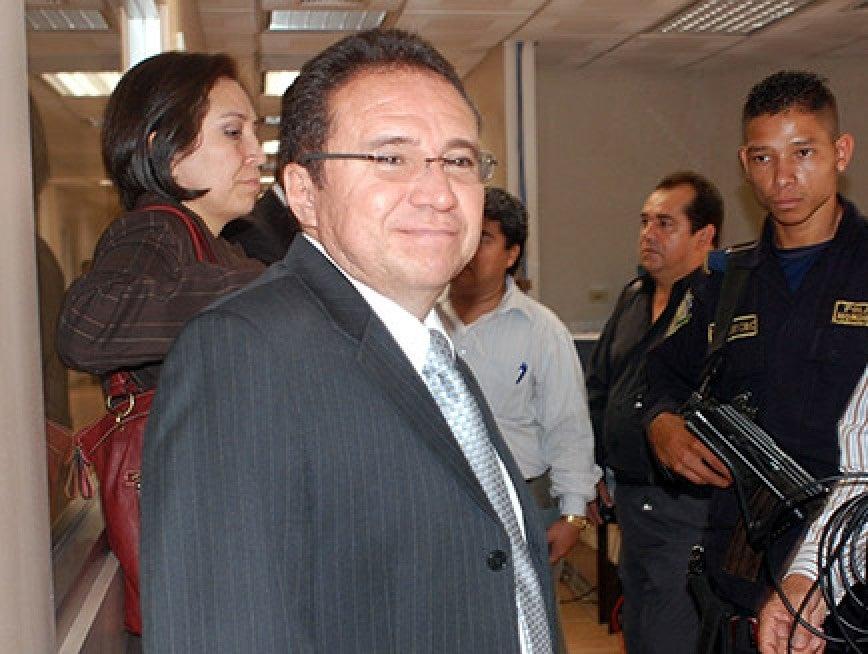 Poder Judicial  libra una nueva orden de captura contra Flores Lanza