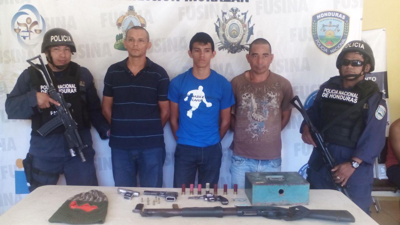 Colón: Tres detenidos acusados de distintos delitos