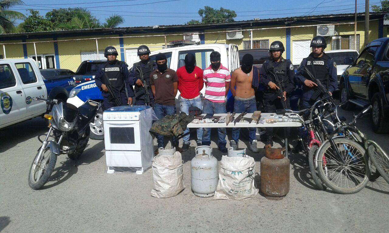"""Honduras: Hasta estufas les decomisaron a los miembros de la banda """"Los pichete"""""""