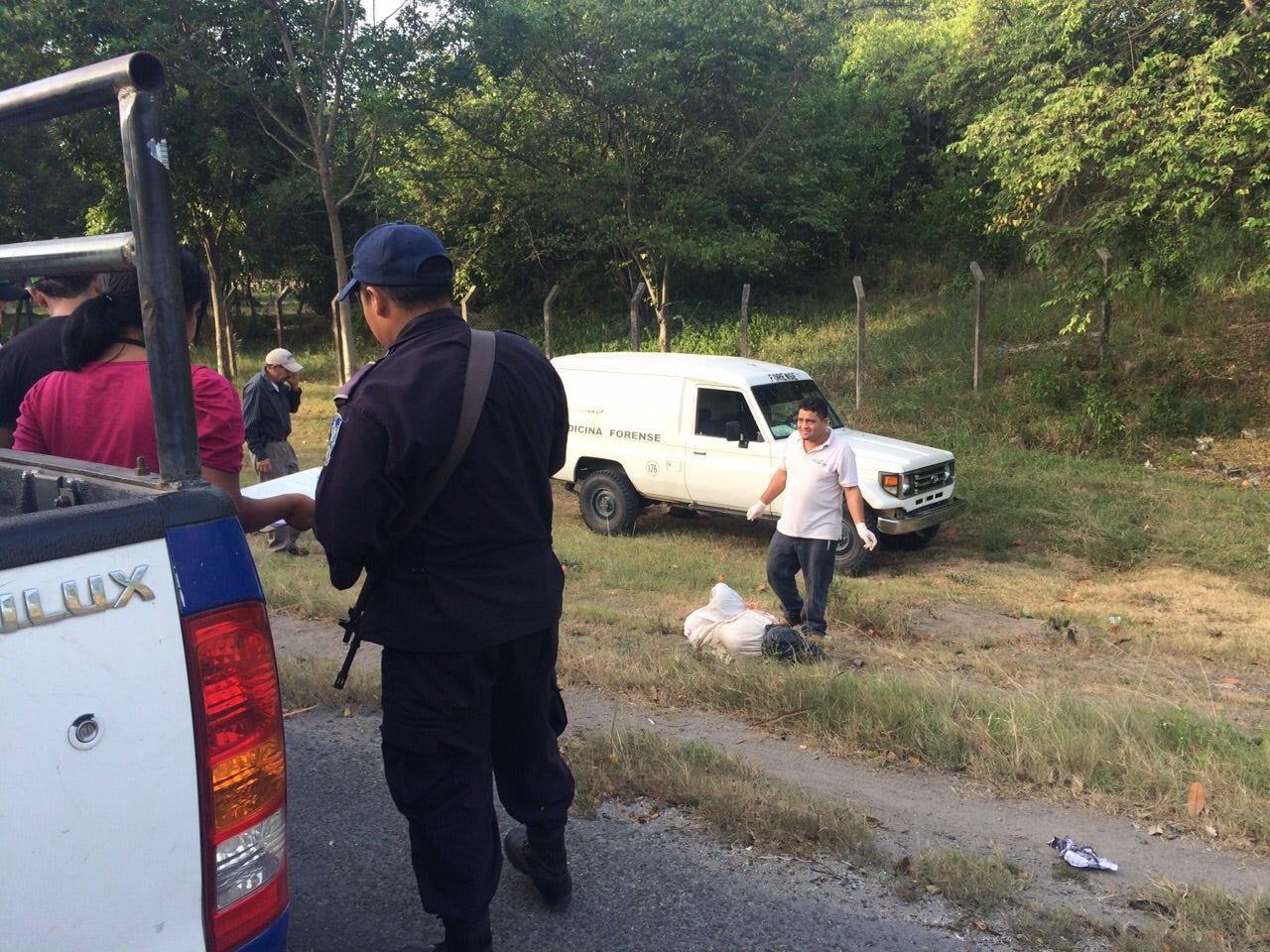 Honduras: Lanzan cadáver encostalado en el bulevar del Este