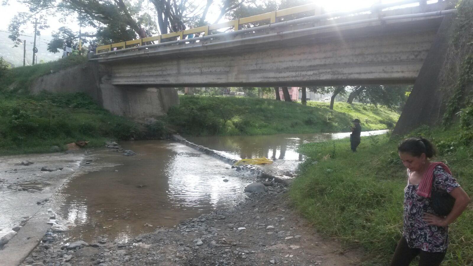 Honduras: La encuentran muerta y desnuda debajo de un puente