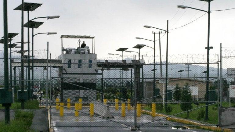 Giran órdenes de aprehensión a siete custodios por fuga de 'El Chapo'