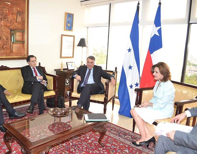 Honduras y Chile fortalecen sus relaciones bilaterales
