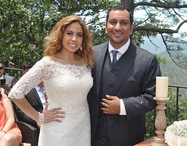 Entre pinares y boda civil se unen Favio y Varinia