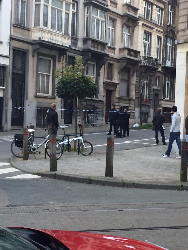 Un hombre toma a su esposa e hijos como rehenes en Bélgica