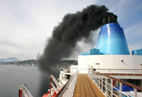 Los barcos de cruceros, muy contaminantes para el aire