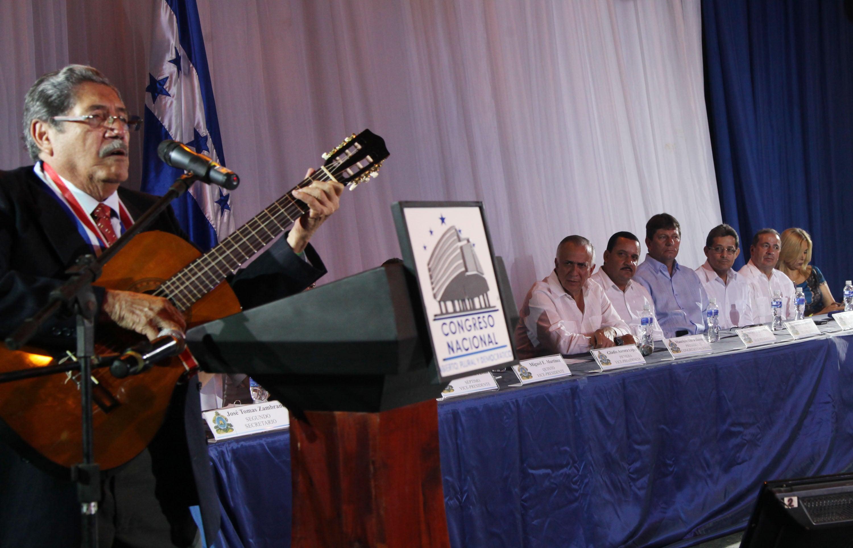 CN otorgó el premio Identidad Nacional al compositor Belisario Romero