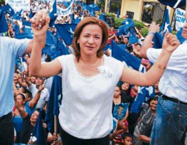 Dictan auto de prisión para ex alcaldesa de Choloma, Sandra Deras