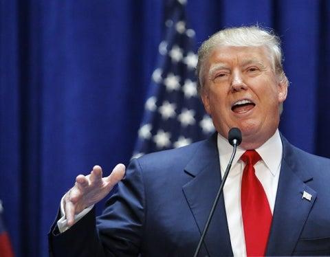 Donald Trump demanda a Univision por 500 millones de dólares