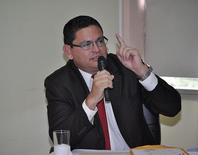 Honduras: Sanciones anuncia ministro Escoto
