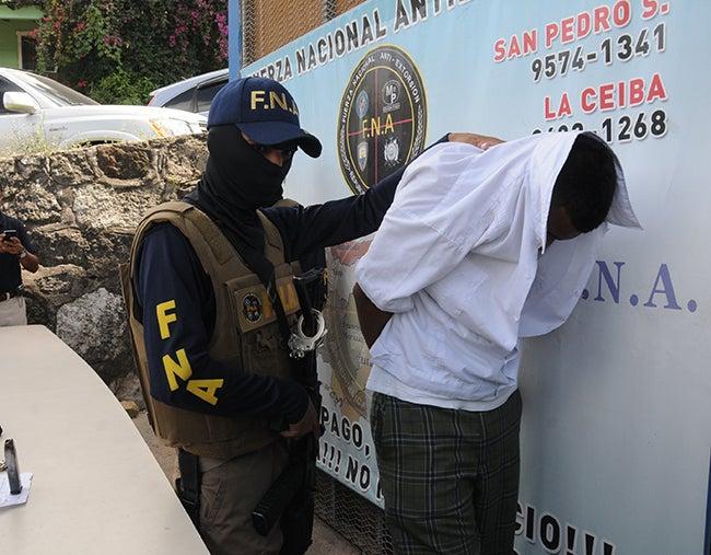 Honduras: Un estudiante extorsionaba en recreo