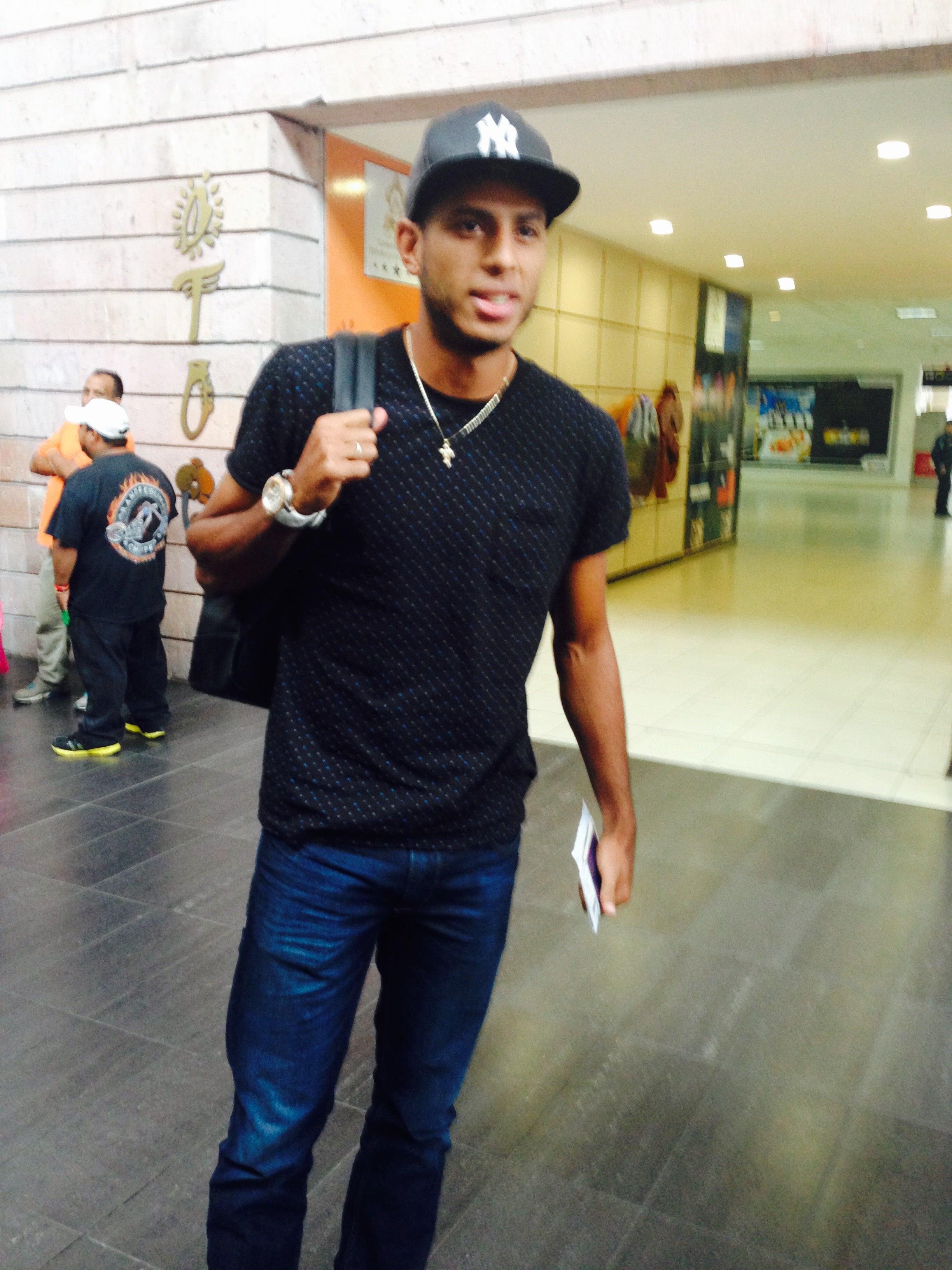 Eddie Hernández: Debo consolidarme en el extranjero