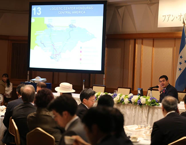 JOH ante empresarios japoneses: Expone ventajas para inversión