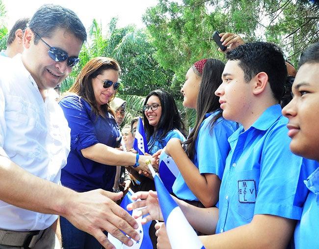 El presidente de Honduras conocerá hoy necesidades de insigne escuela de música