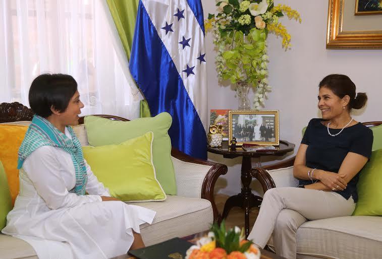 Empresaria del  chocolate se suma a promoción de Honduras Marca País