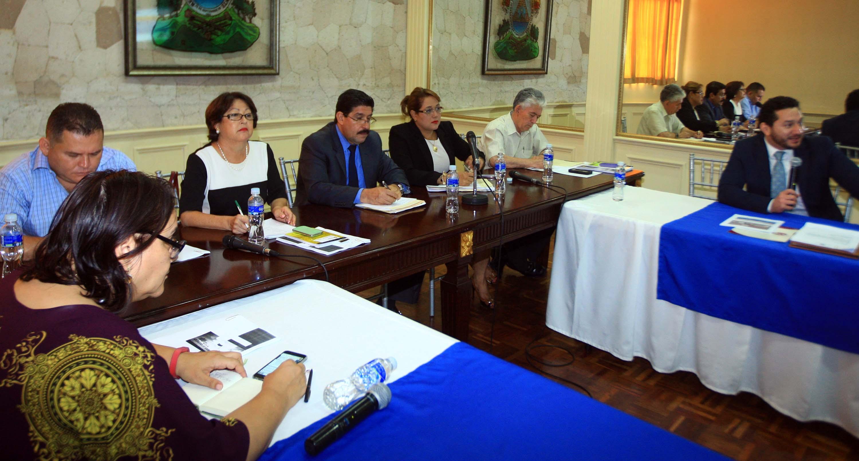 Transparencia Internacional  y Coiproden  presentan al CN opiniones sobre plebiscito