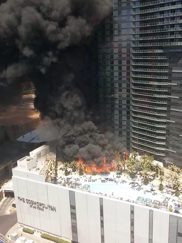 VIDEO: Al menos dos heridos en el incendio de un hotel en Las Vegas