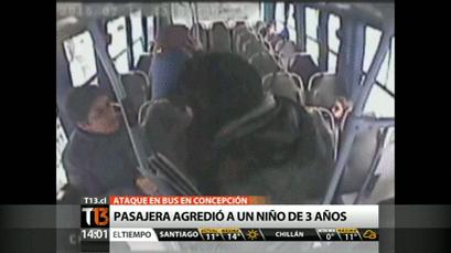 YouTube: Pasajera de bus pierde la paciencia y agrede a niño de tres años
