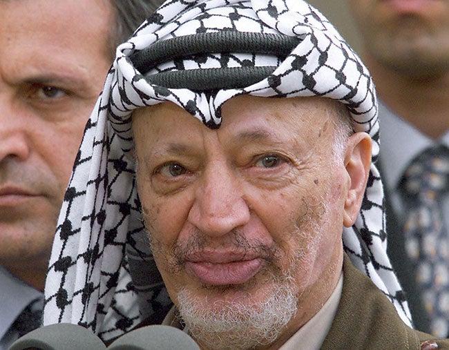 Piden archivar el caso sobre la muerte de Arafat