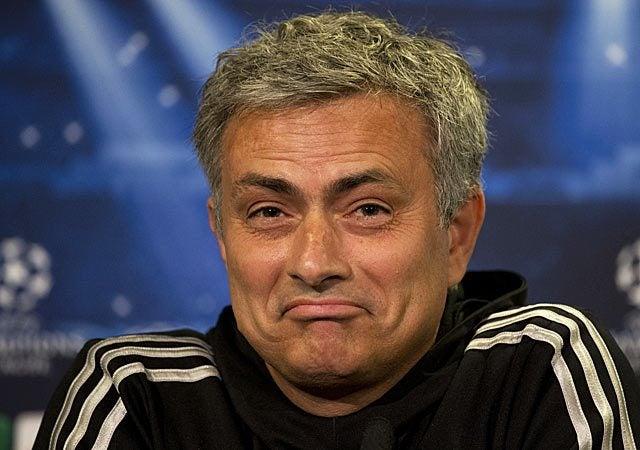 Esposa de Rafa Benítez critica a Mourinho y este no se queda callado
