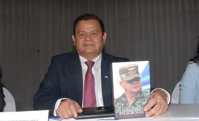 El general retirado Romeo Vásquez Velásquez se accidenta en Juticalpa