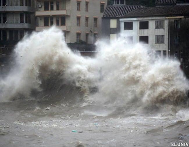 Un millón de personas  huyen tras tifón