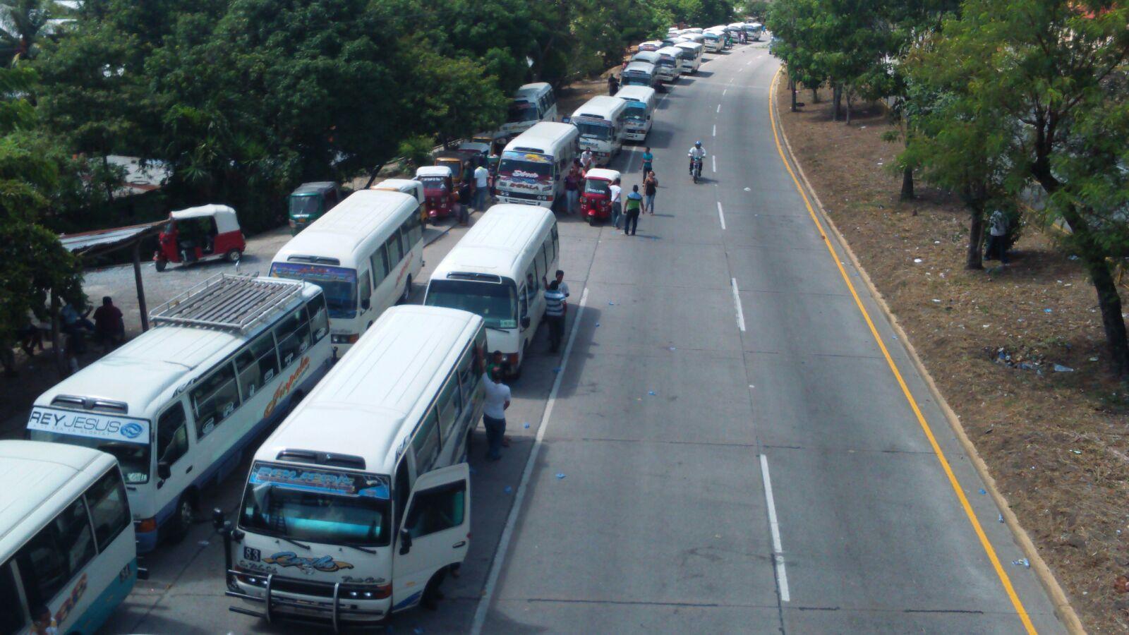 Paro: Cansados de la violencia, conductores de buses exigen resguardo policial