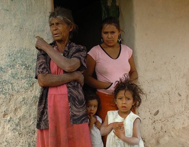 Congreso de Honduras: Cerrada aprobación de crédito para Bono 10 mil
