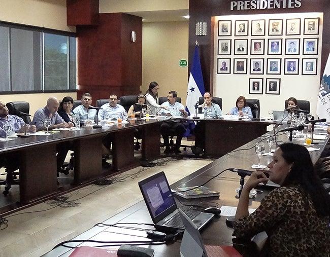 COHEP señala ambigüedad en nueva Ley de Protección Social de Honduras