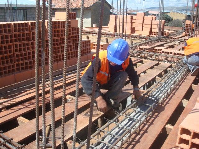 Paralizados edificaciones por retraso de permisos de construcción