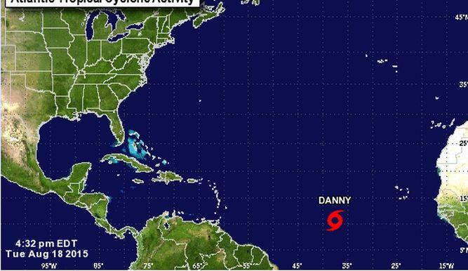 Huracán Danny se fortaleció y alcanzó categoría 3