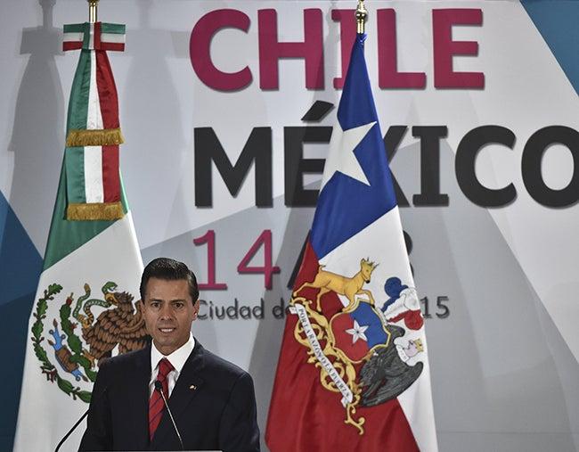 Aclaración de Peña Nieto provoca indignación en redes sociales