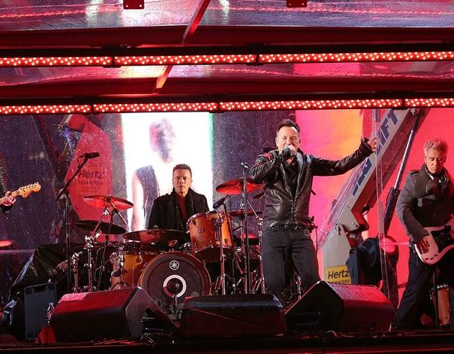 U2 comparte escenario con Springsteen en Nueva York