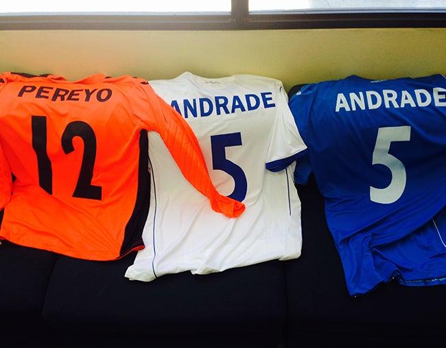 Presentan en Chile uniformes  que vestirá la Sub-17