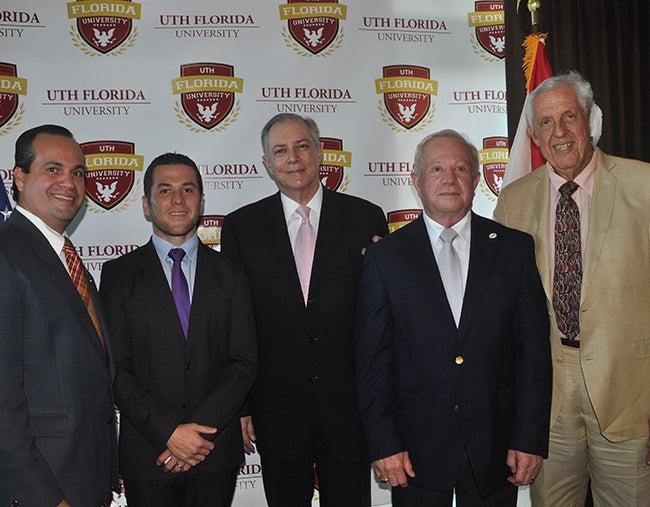 Hondureños podrán graduarse en Estados Unidos con la UTH