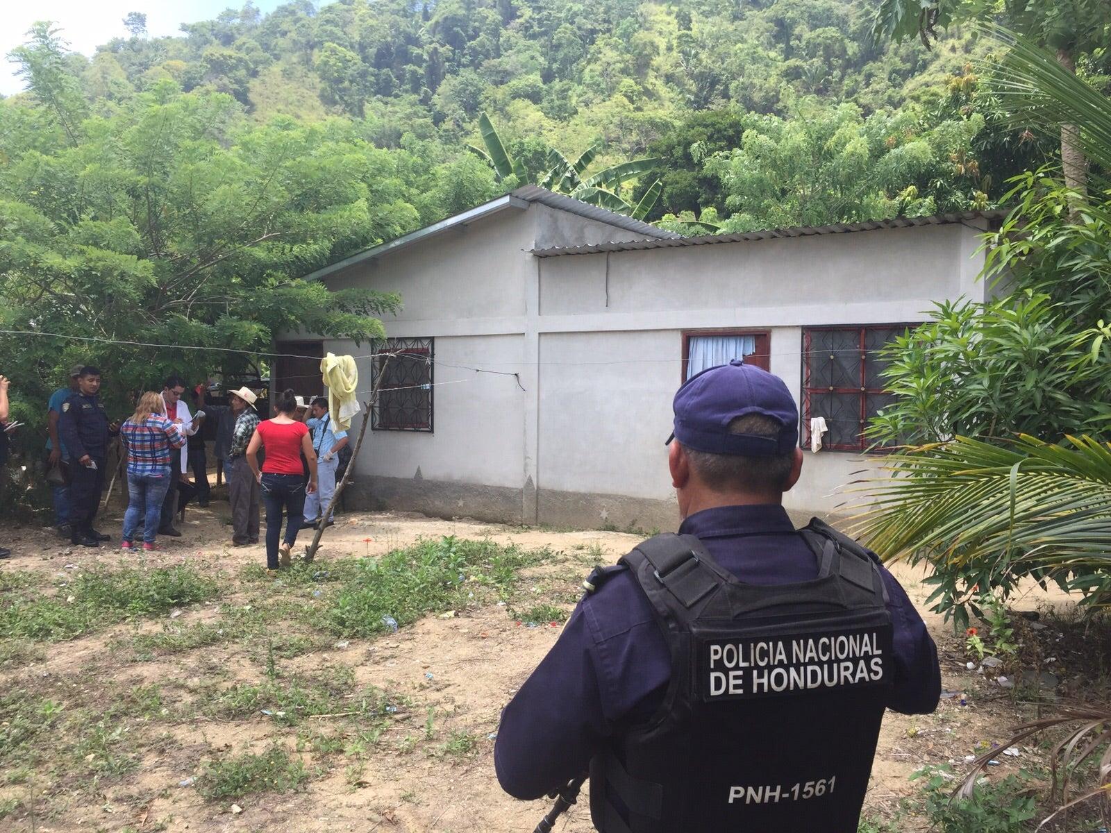 Honduras: Dentro de su residencia hallan muerto a empleado de una maquila
