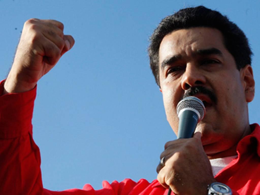 Maduro cierra indefinidamente frontera con Colombia y declara estado de excepción