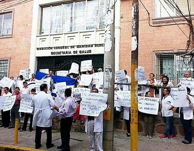 Tras investigaciones: TSC confirma que Salud contrató médicos falsos