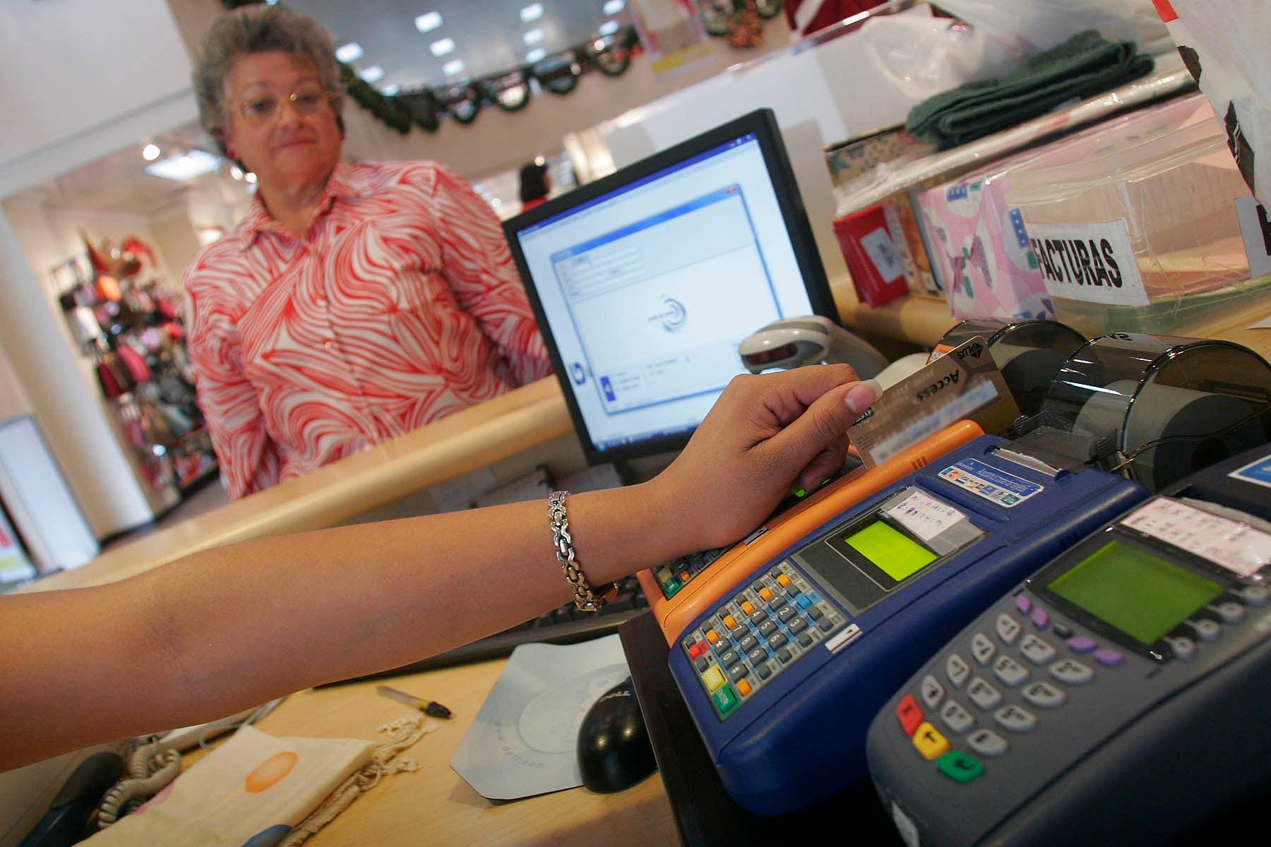 La tarjeta de crédito, útil si es bien utilizada