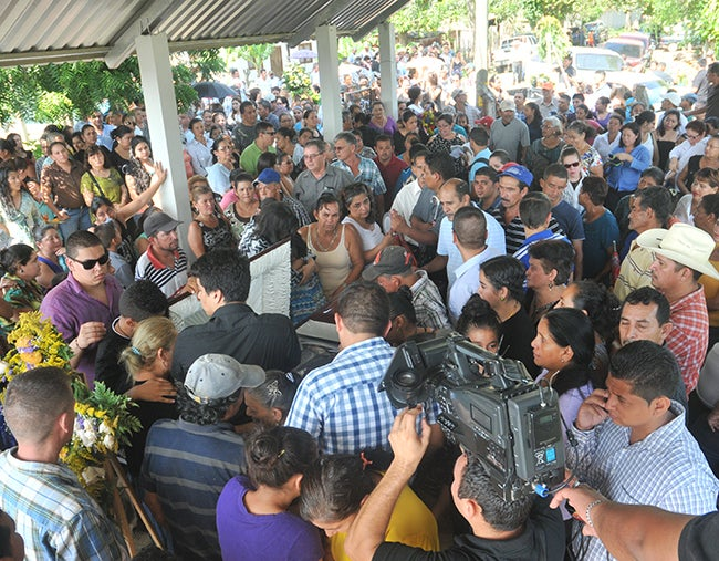 Honduras: Su muerte no será en vano: Esposa de Eduardo Montes