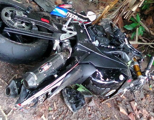 Carretera CA-5: Motociclista muere al chocar con pick-up