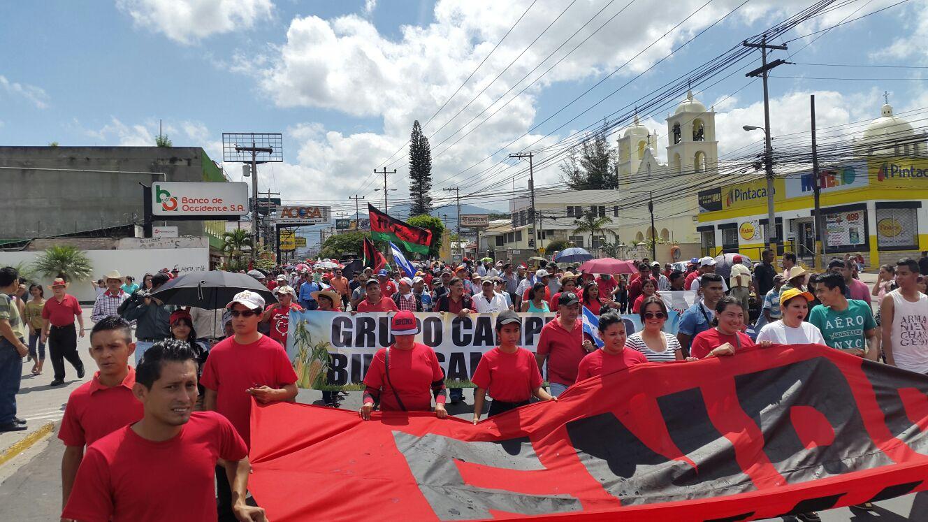 Seguidores de Libre marcharon en clamor de una verdadera independencia