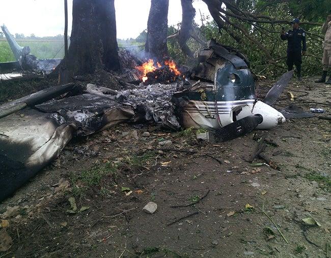 Honduras: Se estrella avioneta y mueren dos personas