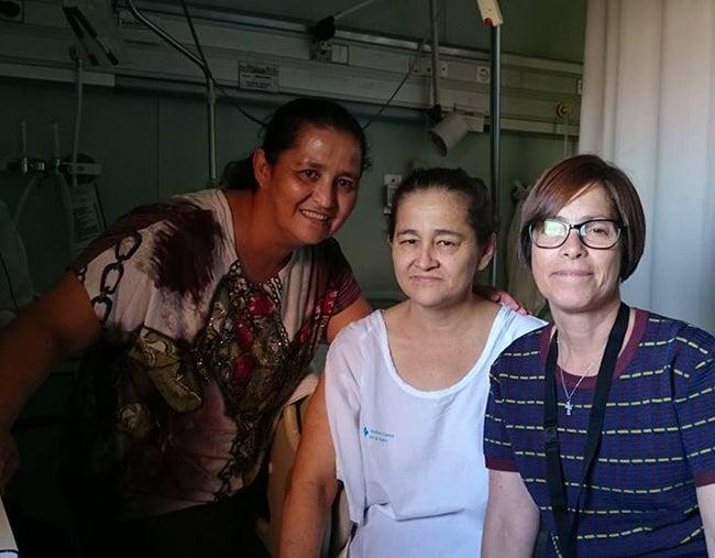 Migrante en España pide ayuda para operarse de los riñones