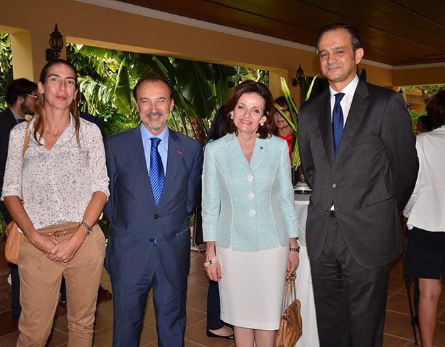 Embajada de España celebra: Día del Cooperante