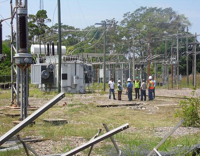 Honduras: Ya Instalan equipo que generará energía para el litoral Atlántico