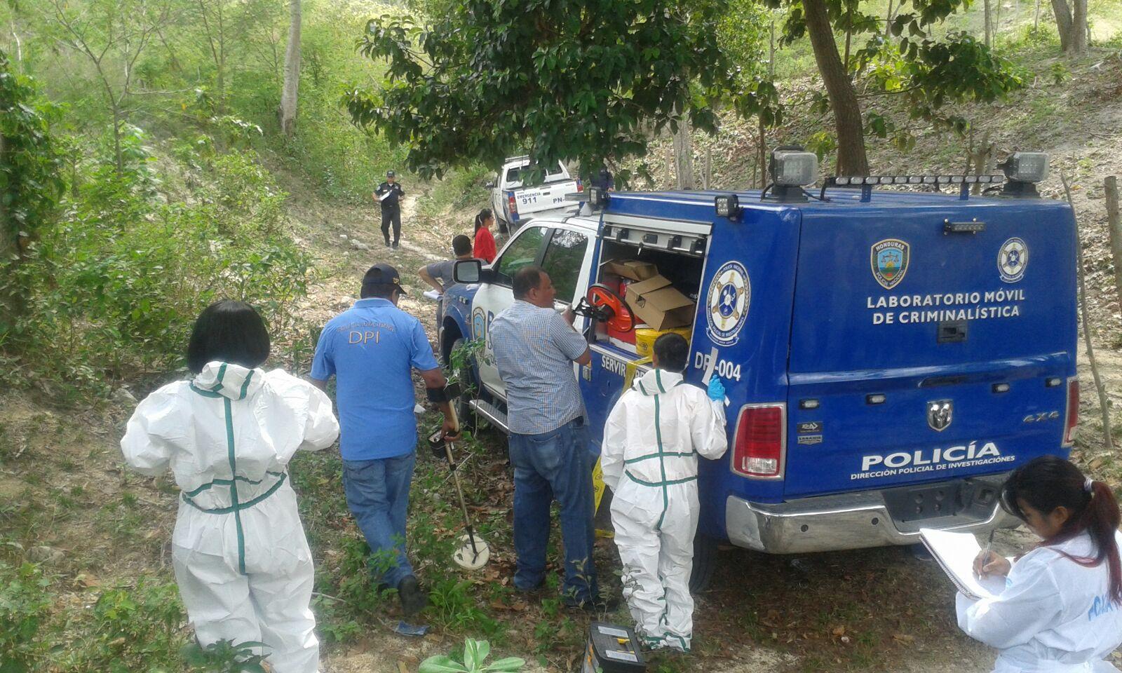 Exhuman supuesto cadáver de cholomeña desaparecida