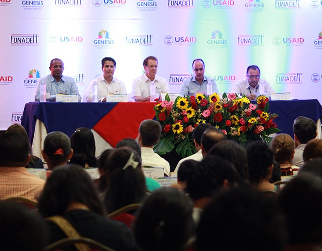 Honduras: Establecen alianza para reimpulsar centros de alcance