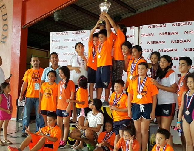 """A nivel colegial: """"Copa Nissan de Natación"""",  fue todo un éxito"""