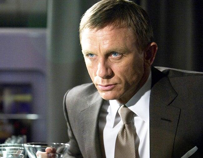 El James Bond más bebedor de todos